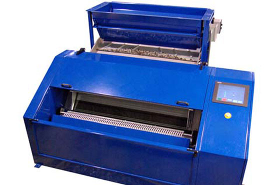 Continuous Waste Plastic Recycling Machine Available